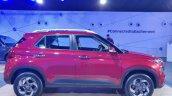 Hyundai Venue Right Side B825