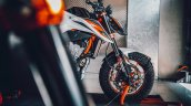 Ktm 890 Duke R Front Half Right