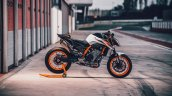 Ktm 890 Duke R Right Side