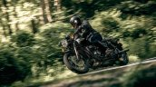 Triumph Bonneville T120 Black Action