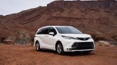 2021 Toyota Sienna Limited Front Quarters Right 26