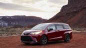 2021 Toyota Sienna Xse Front Quarters Lights On Ee