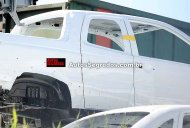 Brazil - New Fiat Strada double cab pickup with rear suicide door spied