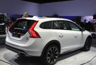 LA Live - Volvo V60 Cross Country