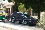Chevrolet Spin MPV caught on test in India - Spied