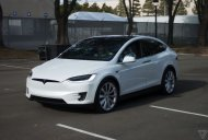 Tesla Model X with 257 miles range launched - Video