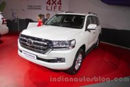 2016 Toyota Land Cruiser (facelift) - Auto Expo 2016