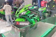 2017 Kawasaki Ninja ZX10-R with Akrapovic exhaust showcased at GIIAS 2017