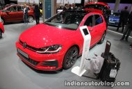 2017 VW Golf GTI Performance and 2017 VW e-Golf - IAA 2017 Live