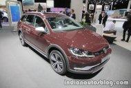 2018 VW Golf Alltrack at the IAA 2017 - Live