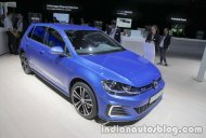 2018 VW Golf GTE at the IAA 2017 - Live