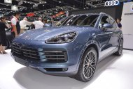 2018 Porsche Cayenne S at 2017 Thai Motor Expo - Live