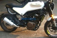 Husqvarna Vitpilen 401 spied up close