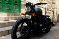 Royal Enfield Thunderbird 350 'Brat Bob' by Bulleteer Customs