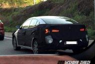 Facelifted Hyundai Elantra (Hyundai Avante) spied testing for the first time