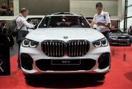 India-bound 2019 BMW X5 - Motorshow Focus