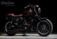 Custom Royal Enfield Thunderbird a.k.a. Davy Jones will steal your heart
