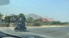 Husqvarna Svartpilen 401 spied on test in India
