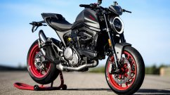 2021 Ducati Monster unveiled, packs in 111 hp, weighs 166 kg dry; just fun!
