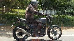 New Royal Enfield Himalayan Variant Spied Testing Once Again