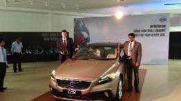 Live - Volvo V40 Cross Country launched at Rs. 28.5 lakhs [Image Update]