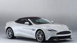 The Aston Martin Vanquish Volante is a convertible with captivating looks
