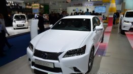 Frankfurt Live - Entry-level Lexus GS 300h arrives