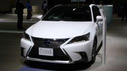 IAB Report - 2014 Lexus CT200h facelift shown at Tokyo & Guangzhou