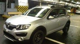 Spied - 2014 Renault Logan and Sandero Stepway in Russia
