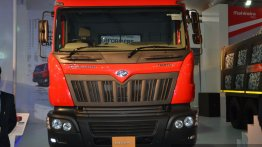 Auto Expo Live - Mahindra unveils 4 new trucks, one bus, all launching in 2014