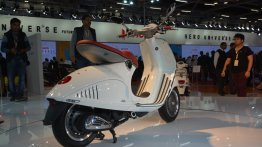Auto Expo Live - Vespa 946 and Vespa Sport showcased