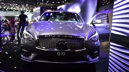 Paris Live - 2015 Infiniti Q70 and Infiniti QX70S Design special edition