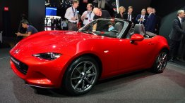 Paris Live - 2016 Mazda MX-5 Miata