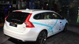 IAB Report - Volvo's self-driving 'Drive Me' V60 showcased at LA Auto Show