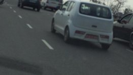 2015 Suzuki Alto (JDM) caught testing in Delhi - Spied