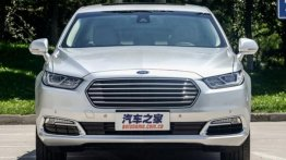 Chinese-spec 2016 Ford Taurus spotted in the metal post unveil - Spied