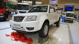 Tata Xenon XT 2.2, Tata Super Ace Closed Cabin - GIIAS 2015 Live