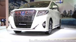Toyota Alphard Hybrid MPV considered for Indian launch - Report