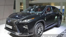 Lexus starts accepting bookings in India - Report
