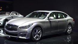 Infiniti Q70L - Motorshow Focus