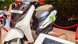 Chetak-rivaling Hero Duet-E electric scooter to be launched soon - Report