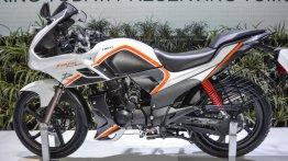 Hero Karizma, Hero Karizma ZMR in new dual-tone colours - Auto Expo 2016