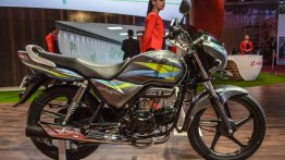 Hero Splendor Pro in new colour theme - Auto Expo 2016