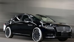2017 Lincoln Continental spied undisguised in China