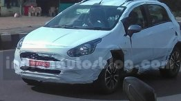Fiat Avventura Urban Cross spied testing for the first time