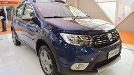 2017 Dacia Sandero Stepway - Bologna Motor Show Live