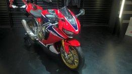 Honda CBR1000RR Fireblade SP - GIIAS 2017 Live