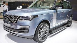 2018 Range Rover (Facelift) showcased at 2017 Dubai Motor Show