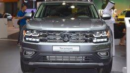 VW Teramont showcased at the 2017 Dubai Motor Show