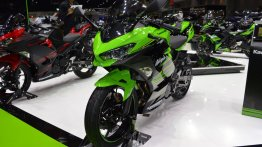 Kawasaki Ninja 400 vs. 2018 Yamaha YZF-R3 - Spec comparison